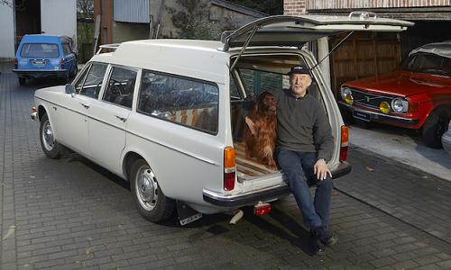 Thomas Hill's Volvo 145 Express